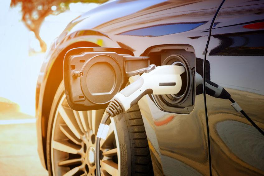 Revisione auto elettriche Torino
