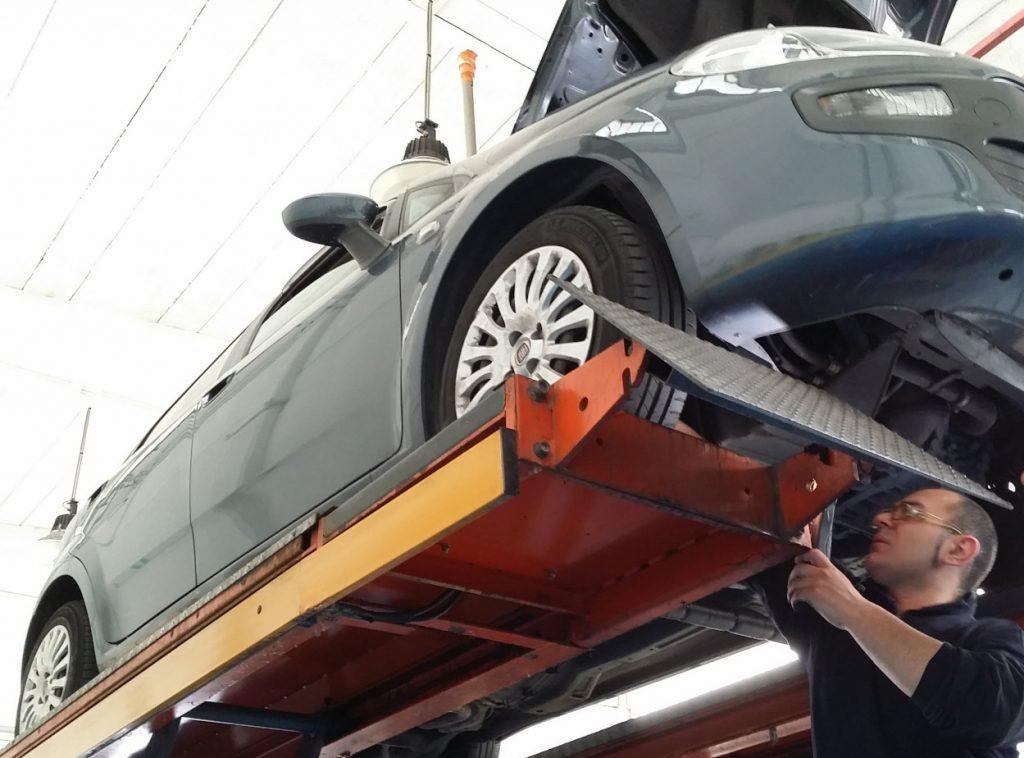 tagliando auto Fiat Torino
